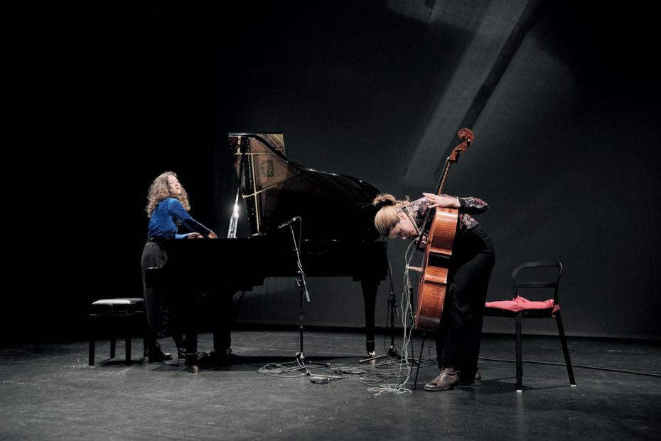 Mariana Carvalho & Paula Sanchez